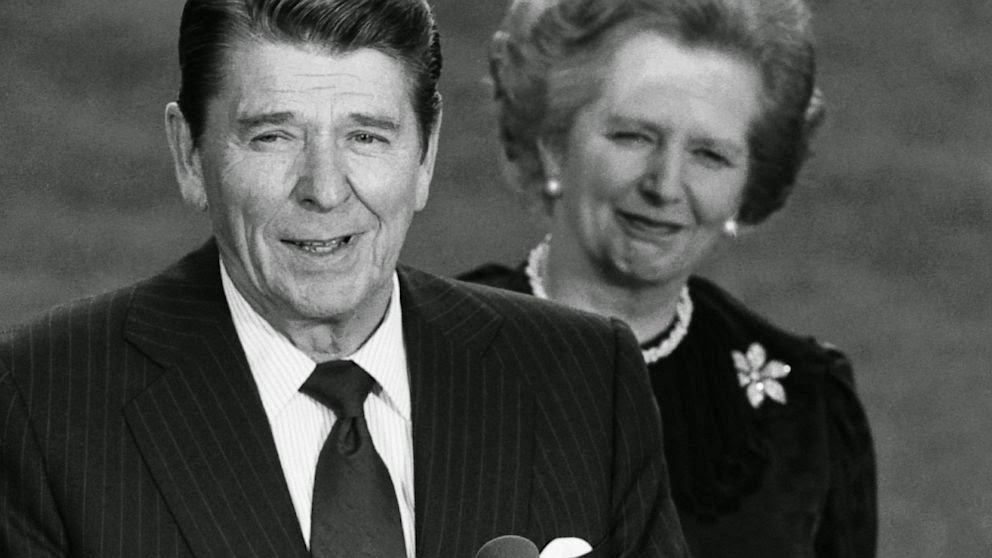 Ronald Reagan y Margaret Tatcher