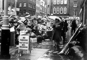 LONDON DUSTMEN STRIKE 1979