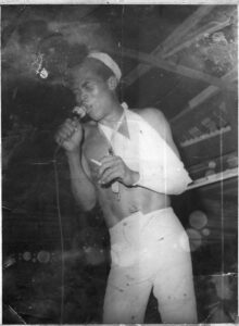 fela-kuti-in-bandages-after-his-1974-court-victory-jcollins-foto