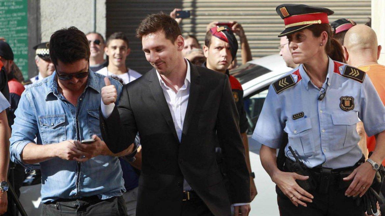 Messi con la policia