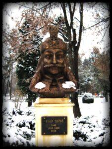Estatua de Vlad Tepes