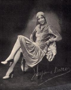 Josephine Baker con firma