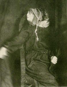 Eva Carriere