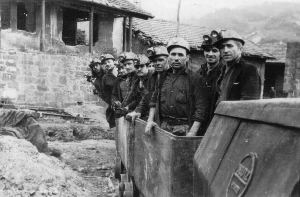 Tren de mina para personal 1966