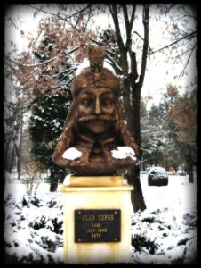 Estatua de Vlad Tepes