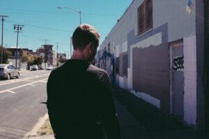 Eliot por la calle