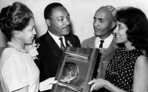 rosa-parks-martin-luther-king-james-bevel-y-diane-bevel